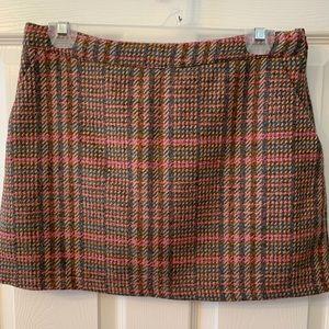 Wool Mini with Pockets! M EUC